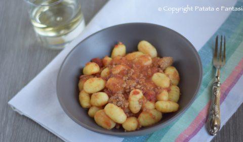 Gnocchi di patate con ragù di carne