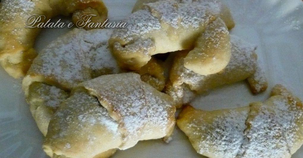 Cornetti-dolci-patate-Ricetta-cornetti-dolci-Dolci-patate-evidenza