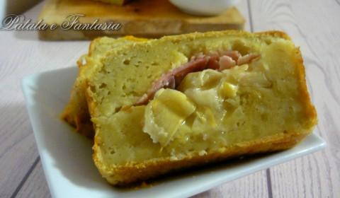Plumcake salato di patate con mozzarella e prosciutto cotto