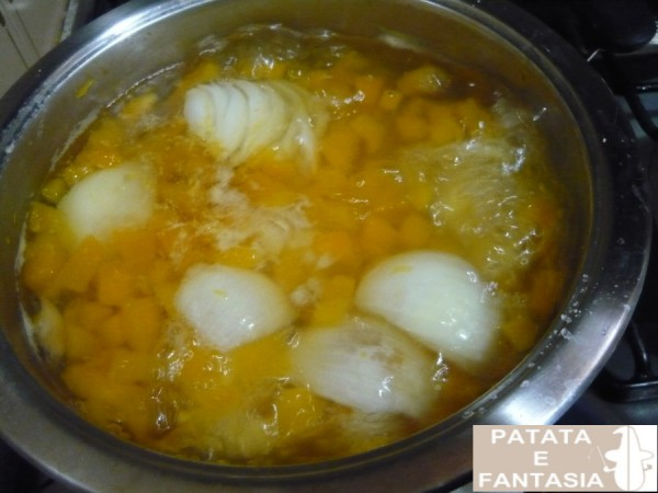 ricetta-vellutata-patate-zucca-cucinare-vellutata-di-patate-01
