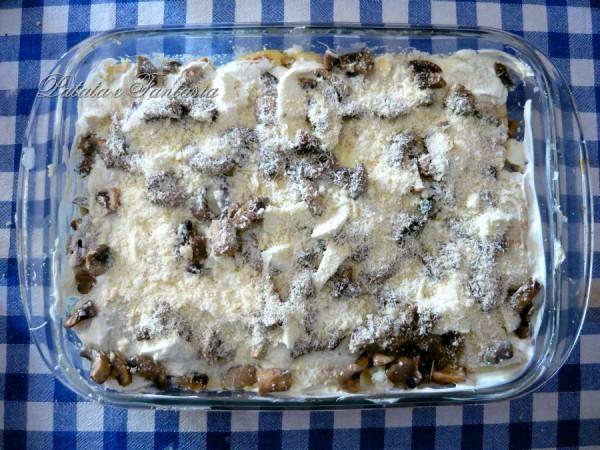 crepes-ripieno-patate-formaggio-grana-pancetta-affumicata-sugo-panna-funghi-01