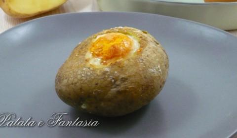 Patata ripiena con uovo e parmigiano | Baked Potatoes
