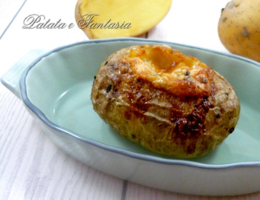 patata-scavata-baked-potatos