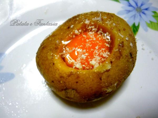 patate-ripiene-uovo-forno