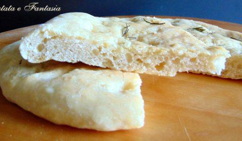 focaccia-bianca-di-patate-evid-01