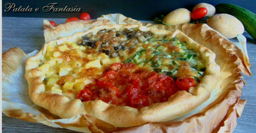 torta-salata-patate-melanzane-zucchine-pomodorini-evid-01-mod