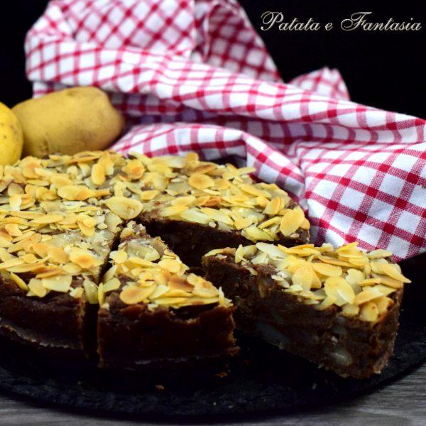 torta-patate-cioccolato-mandorle-gluten-free-quadrata-4