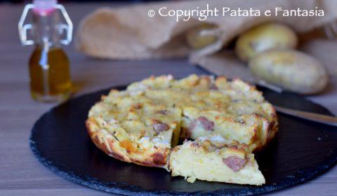 Sbriciolata di patate e salsiccia