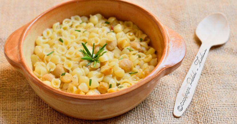 minestra-patate-ceci-e