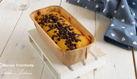 Plumcake con mascarpone e gocce di cioccolato