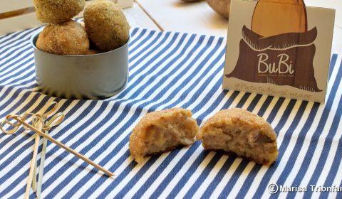 Polpette di patate, tonno e alici sott'olio al forno