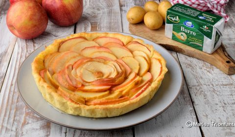 Crostata di mele con pasta frolla di patate