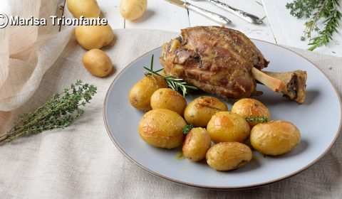 Stinco al forno con patate