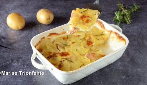 Parmigiana di Patate con prosciutto cotto e formaggio